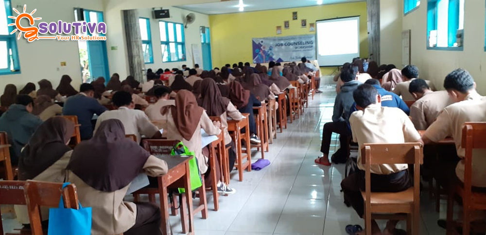 "Empower Youth for Work Program ""Job Counseling Workshop"" di Indramayu"