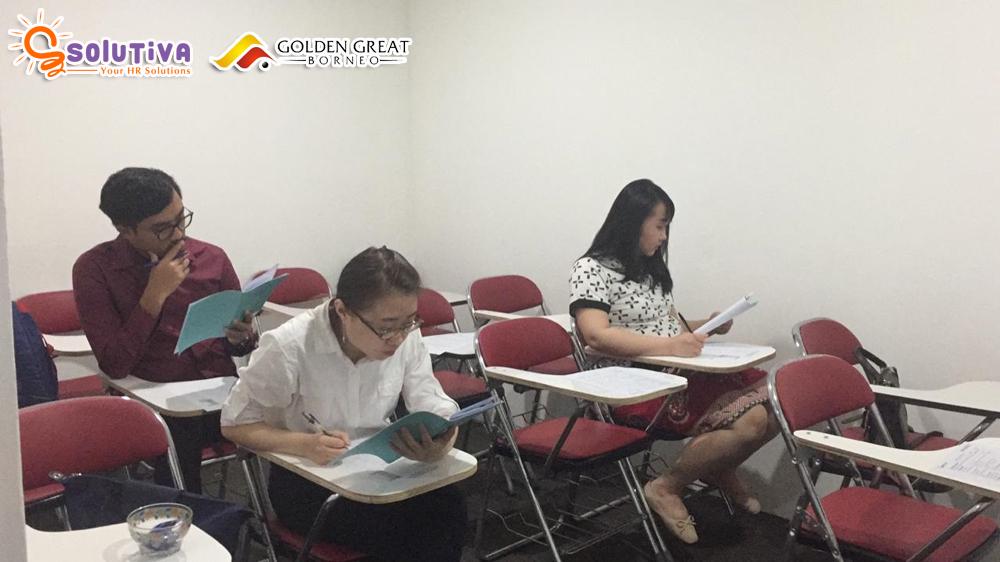 Psikotes 3 orang calon karyawan PT Golden Great Borneo (tambang batubara dan mineral) di kantor PT Solutiva Consulting Indonesia, Kemang, Jakarta Selatan.